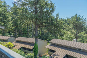 301 Otter Crest Dr, #322-3, 1/12th, Otter Rock, OR 97369 - View - left