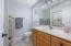 5925 Balboa Ave, Lincoln City, OR 97367 - Master bath