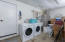 5925 Balboa Ave, Lincoln City, OR 97367 - Laundry in garage