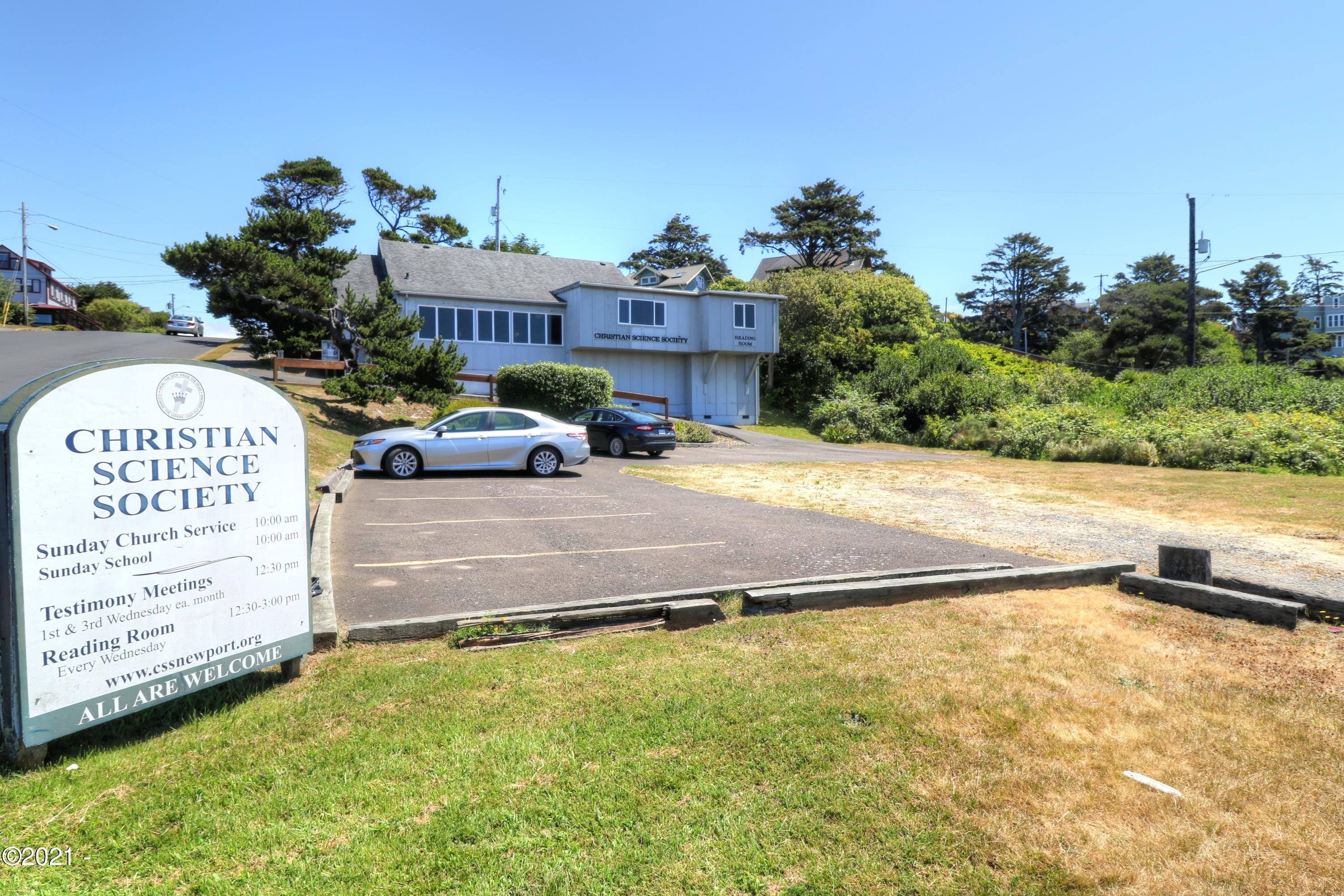 569 SW 2nd St, Newport, OR 97365 - West Exterior