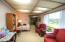 569 SW 2nd St, Newport, OR 97365 - Office