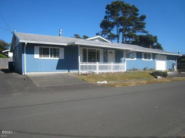 1836 NW Jetty Ave, Lincoln City, OR 97367 - 4 Bdrm/2.5 Bathrm