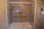 162 NW 56th St, Newport, OR 97365 - primary bathroom