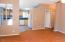 1630 SE Alder Way, Toledo, OR 97391 - kitch/living room