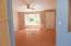 1630 SE Alder Way, Toledo, OR 97391 - living room