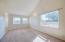 5194 NE 50th St, Neotsu, OR 97364 - Living room