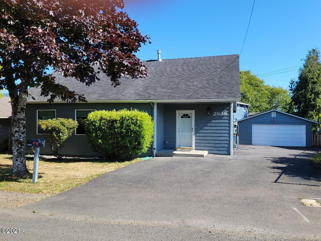 2938 NE Holmes Rd, Lincoln City, OR 97367 - Front Exterior