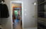 1435 NE Wagon Rd, Toledo, OR 97391 - Apartment closet