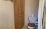 1525 SW Fairway Dr, Waldport, OR 97394 - Master bath