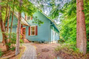 170 Seagrove Loop, Lincoln City, OR 97367 - View of home from street