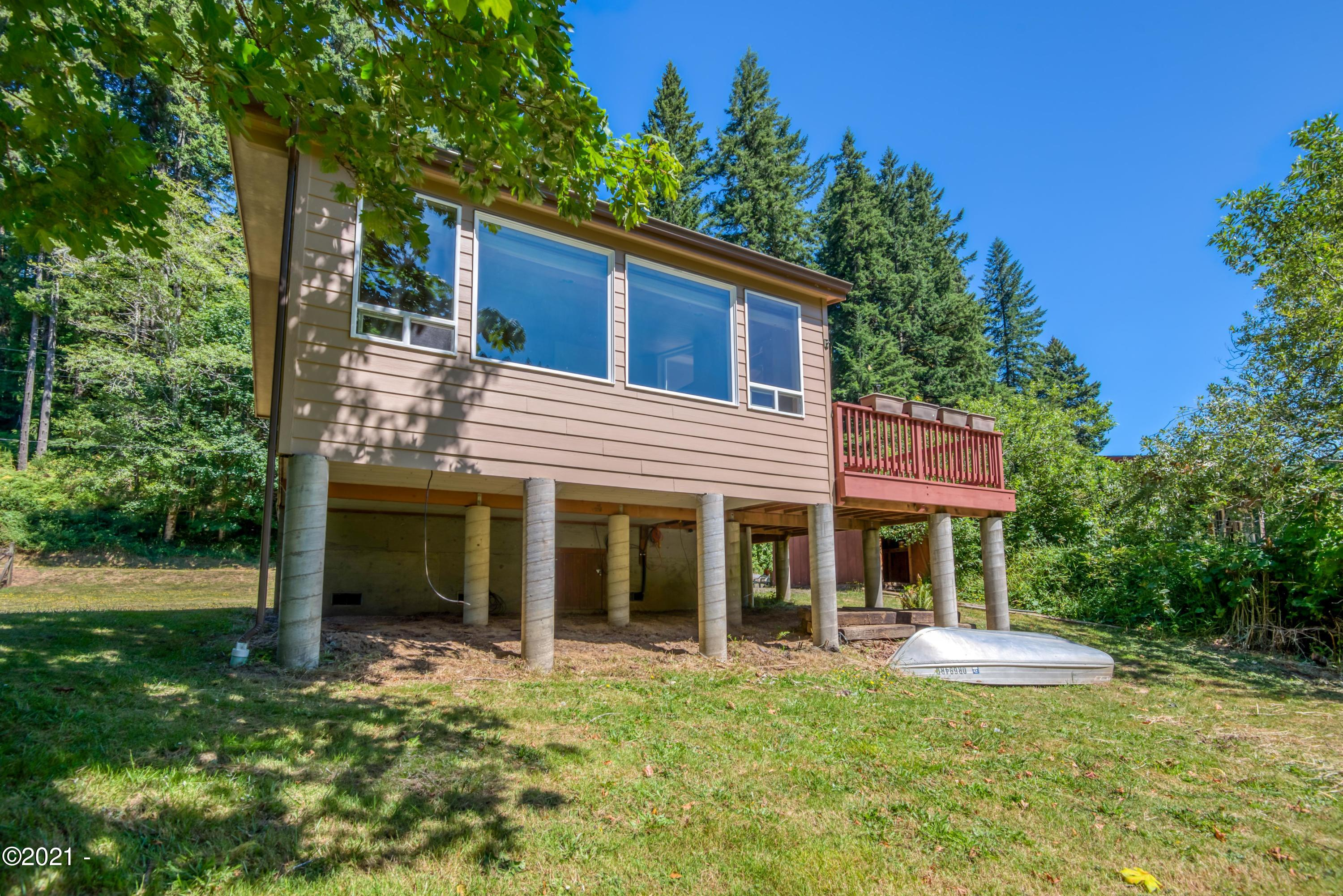 1642 Little Switzerland Rd, Tidewater, OR 97390 - Front