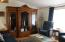 2013 NW Mackey St, Waldport, OR 97394 - Living Room
