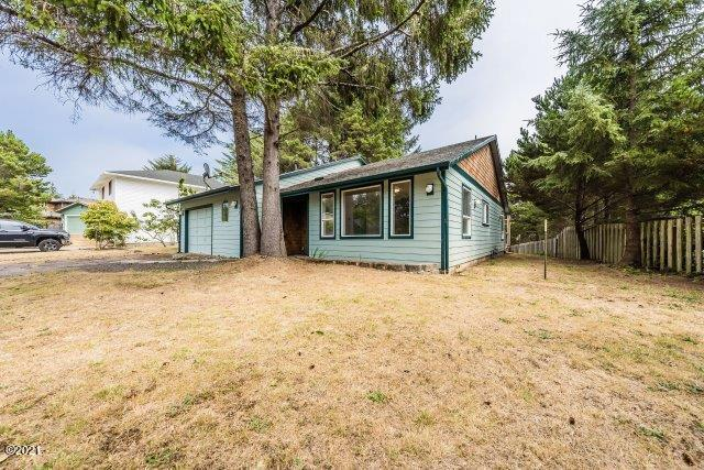 165 Spruce Ct, Depoe Bay, OR 97341 - DSC05640-HDR-SEO-YOUR-IMAGE