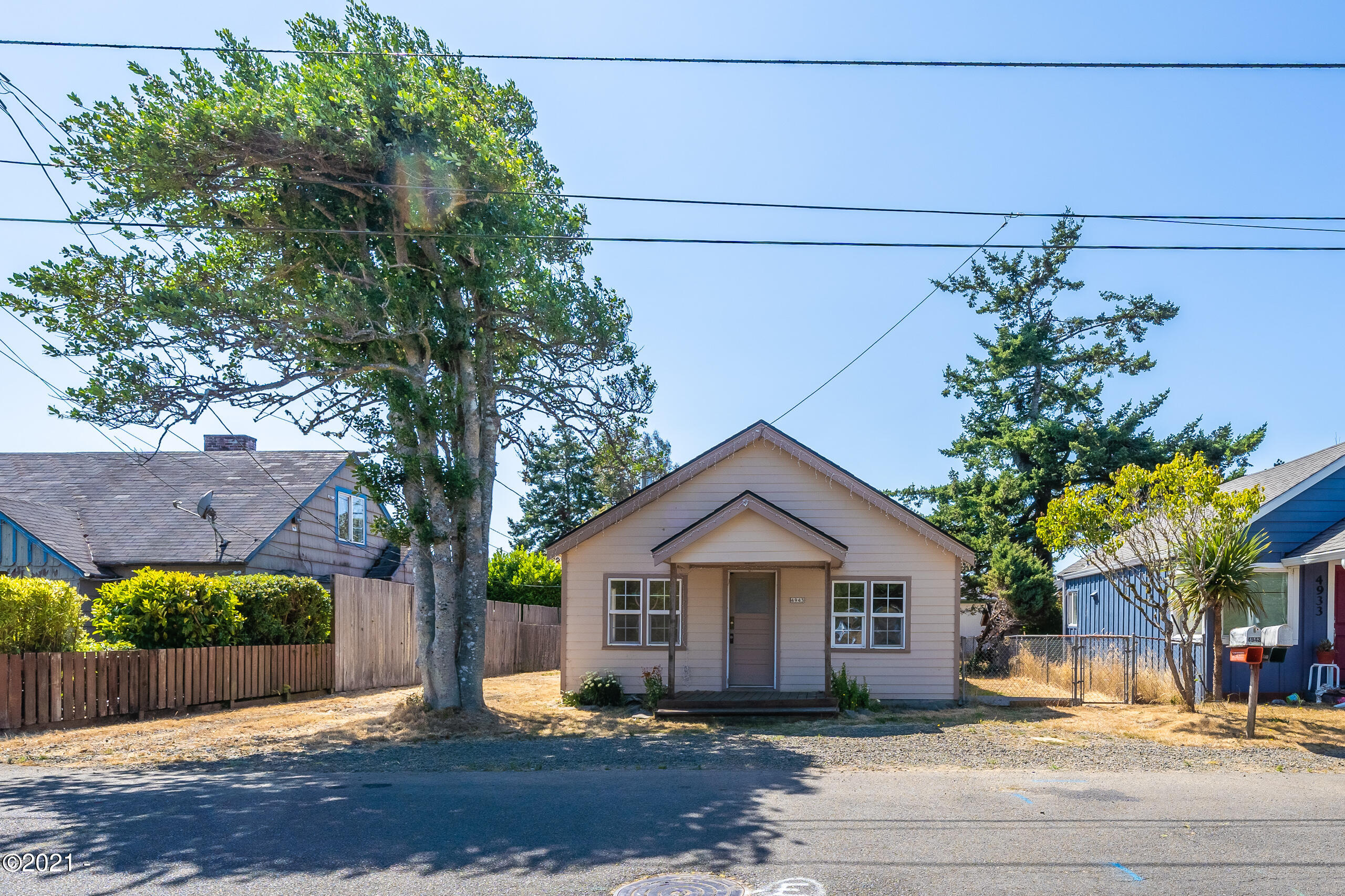 4943 SE Keel Ave, Lincoln City, OR 97367 - Street photo