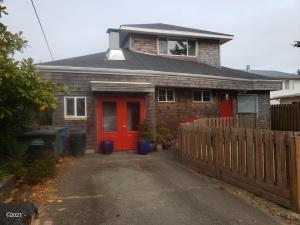 1145 NE Broadway St, Waldport, OR 97394