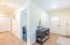 385 N Juniper Court, Rockaway Beach, OR 97136 - Hallway