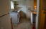 704 SE Quay Ave, Lincoln City, OR 97367 - Kitchen