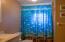 440 Aqua Vista Loop, Yachats, OR 97498 - Main House Bathroom