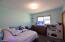 1434 NE Mast Ave, Lincoln City, OR 97367 - Main bedrooms bath