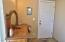 2612 SW Brant St, Newport, OR 97366 - Entrance