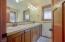 3132 NE Cascara Ct, Lincoln City, OR 97367 - Primary En Suite Bathroom