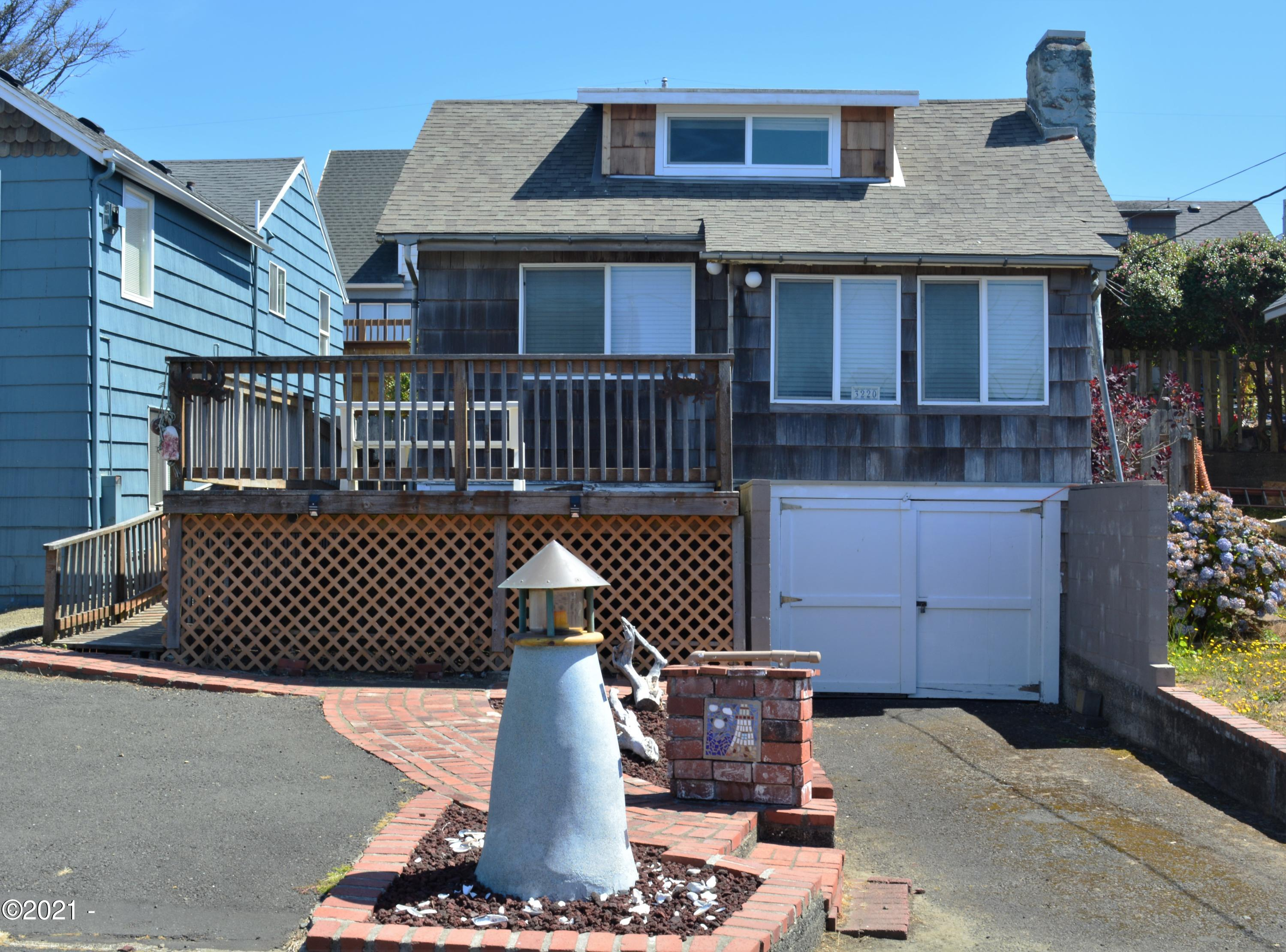 3220 SW Anchor Ave, Lincoln City, OR 97367 - West side