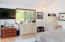 1420 SW Crest Cir, Waldport, OR 97394 - Master bedroom
