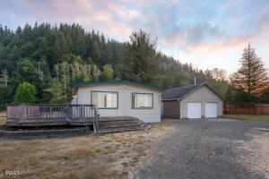 3073 N North Bank Rd, Otis, OR 97368 - Front of House