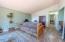1415 Nw Lake Street, Newport, OR 97365 - Hallway