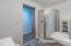 1415 Nw Lake Street, Newport, OR 97365 - Bathroom