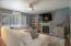 2280 NE Surf Ave, Lincoln City, OR 97367 - Living room 3