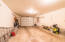2730 NW Mast Ave, Lincoln City, OR 97367 - Garage