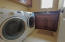 703 SE Keel Ave, Lincoln City, OR 97367 - laundry