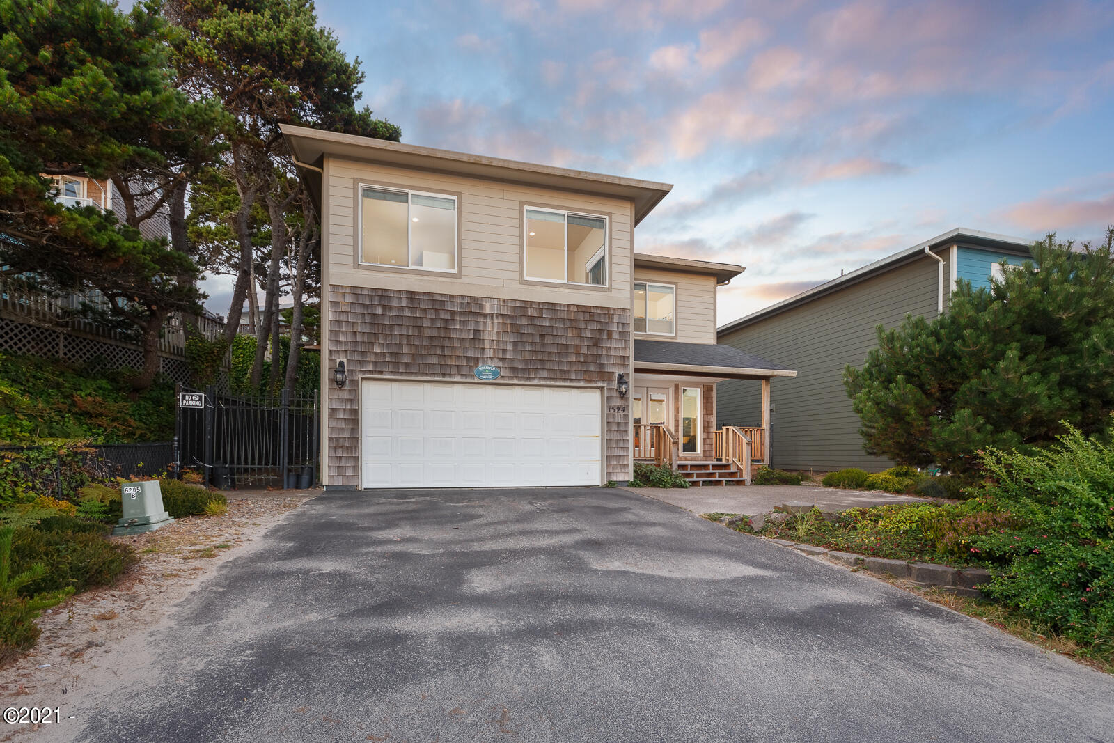 1524 NW Harbor Ave, Lincoln City, OR 97367 - 1524NWHarbor-01