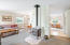 5960 La Plaza Pl, Lincoln City, OR 97367 - Living room