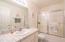 5960 La Plaza Pl, Lincoln City, OR 97367 - Guest bath