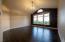 740 NE Jeffries Pl, Newport, OR 97365 - Living room