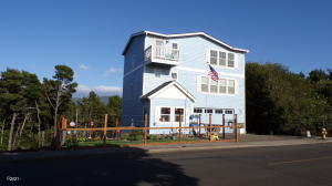 4600 SW Coast Ave, Lincoln City, OR 97367 - Front of house