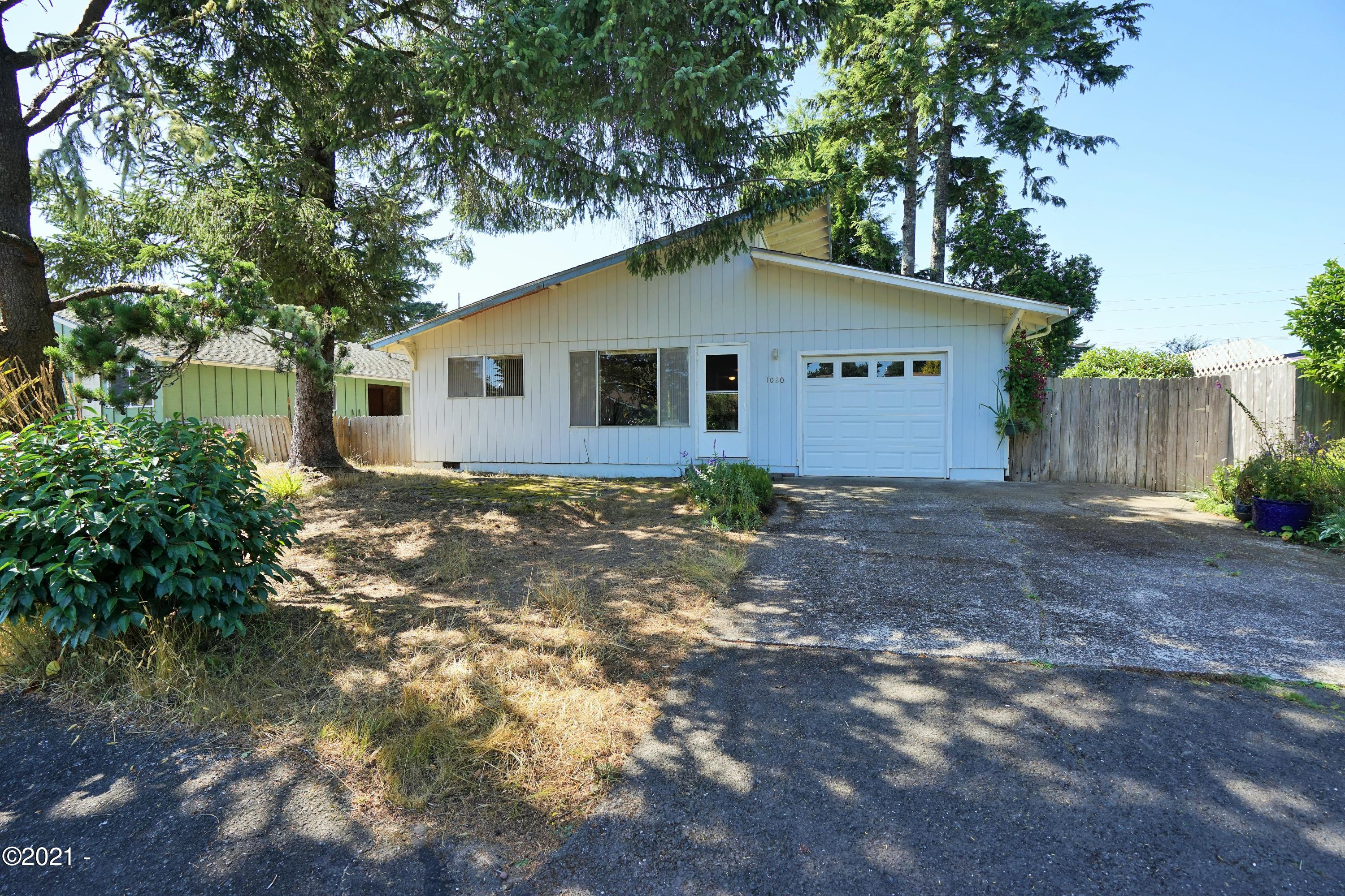 1020 SE Lundy Lane, Waldport, OR 97394 - Front of House