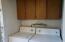 1020 SE Lundy Lane, Waldport, OR 97394 - Washer & Dryer