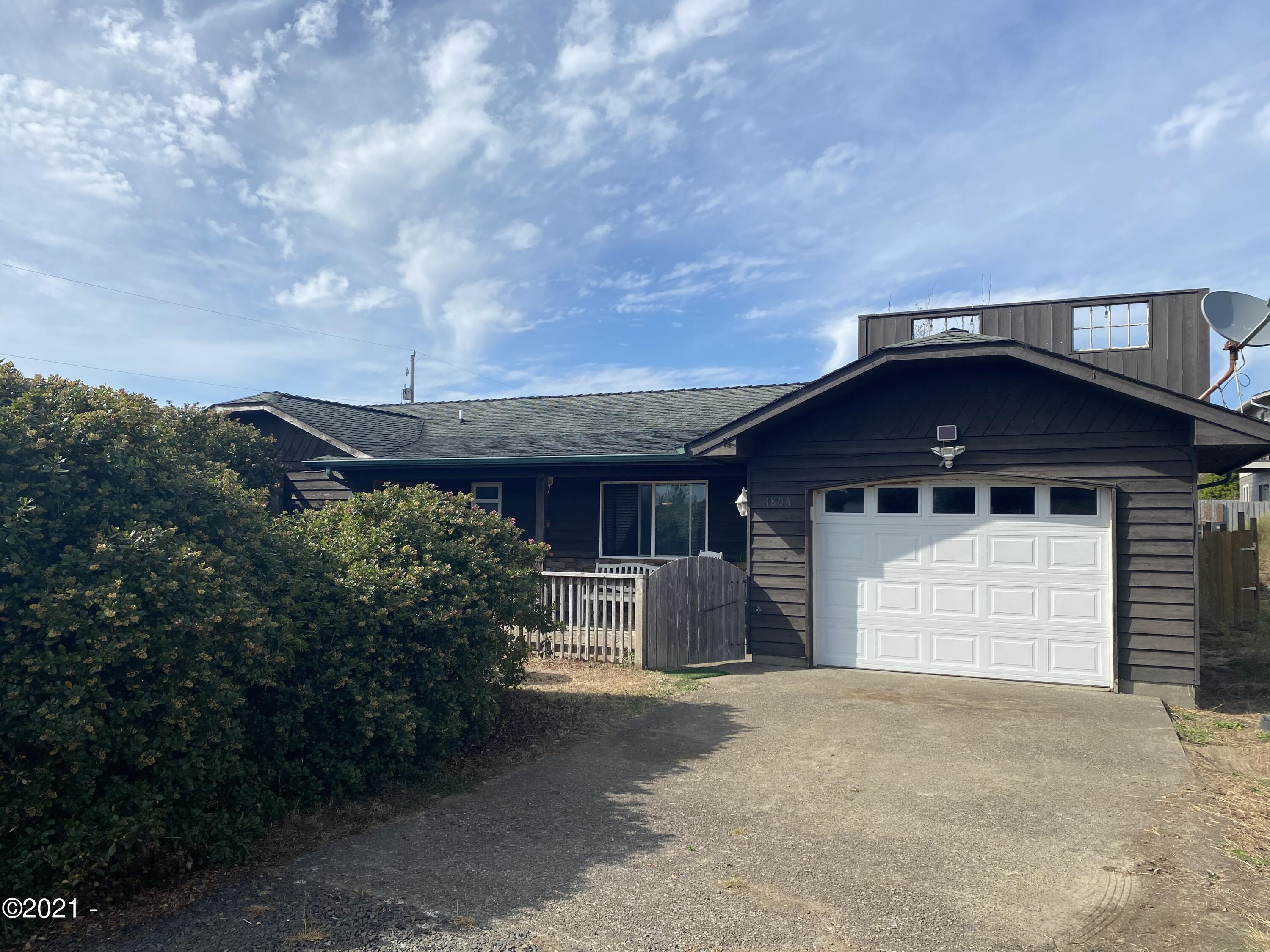 1804 NW Westward St., Waldport, OR 97394 - front
