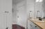 48990 U.s. 101 S, 112, Neskowin, OR 97149 - Bathroom
