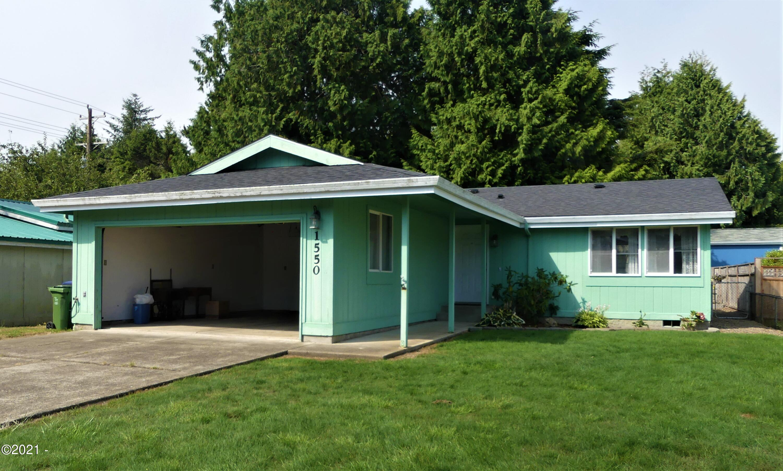1550 SW Forest Pkwy, Waldport, OR 97394 - street view