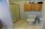 1550 SW Forest Pkwy, Waldport, OR 97394 - Master shower