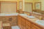 4675 Lincoln Ave, 1/7TH SHARE, Depoe Bay, OR 97341 - Master bath on main