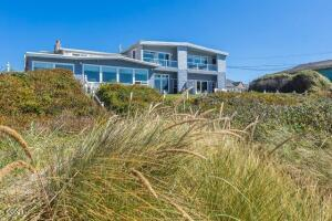 3313 NW Inlet Ave, 4, Lincoln City, OR 97367 - DSC07710-HDR-SEO-YOUR-IMAGE