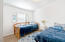 75 Seagrove Loop, Lincoln City, OR 97367 - Guest room