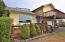 2480 SW Anchor Ave, Lincoln City, OR 97367 - Front deck