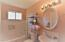 2480 SW Anchor Ave, Lincoln City, OR 97367 - Upper level bath