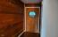 35 Spruce Ct, Depoe Bay, OR 97341 - Entry Way